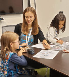 SPS-Girl-Scouts-Coding-Event-5