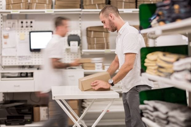 Faster, more efficient order fulfillment with EDI for UPS, FedEx, USPS and other popular carriers