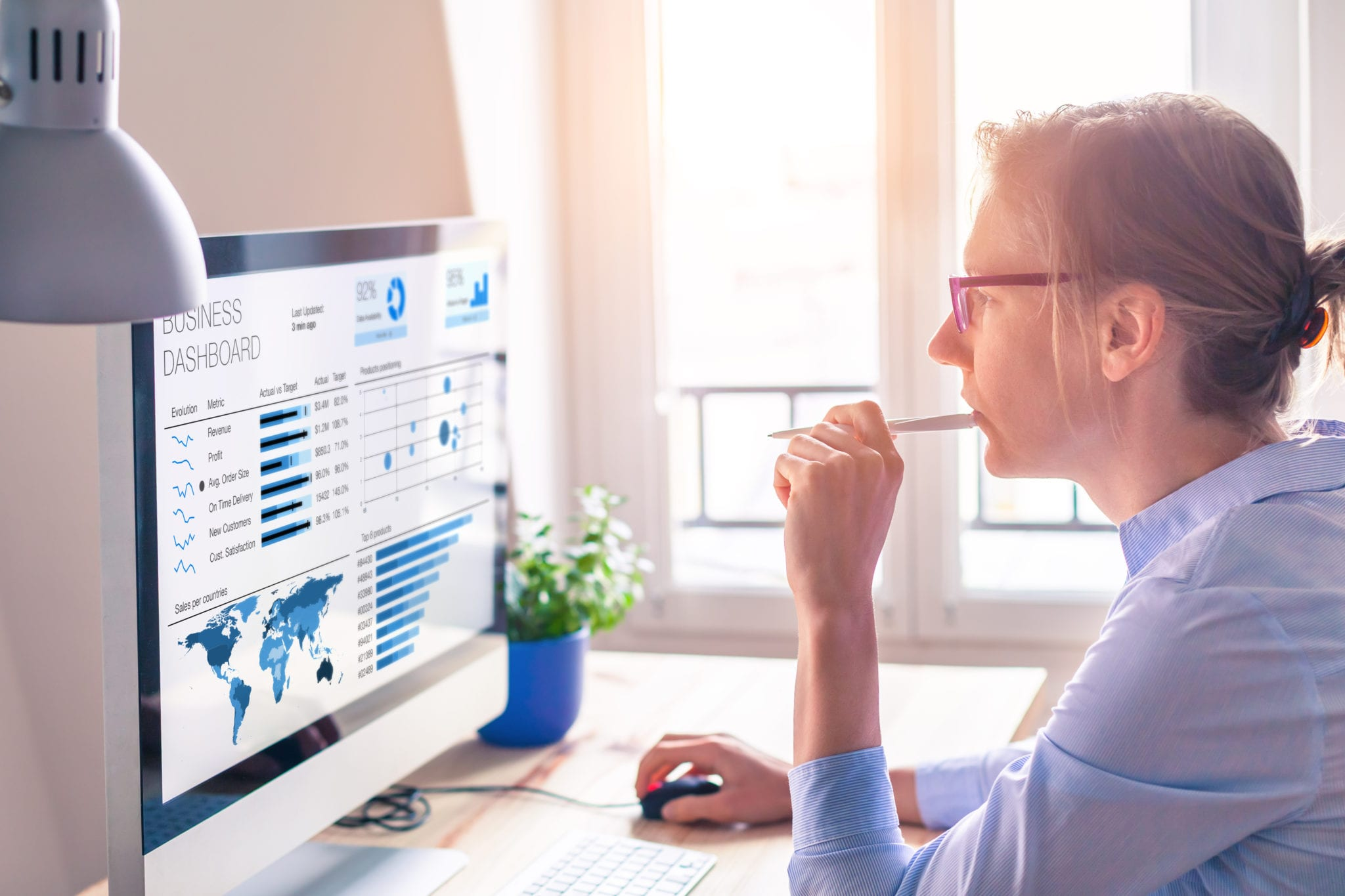 Reduce stock on hand & improve inventory optimization with retail data analytics