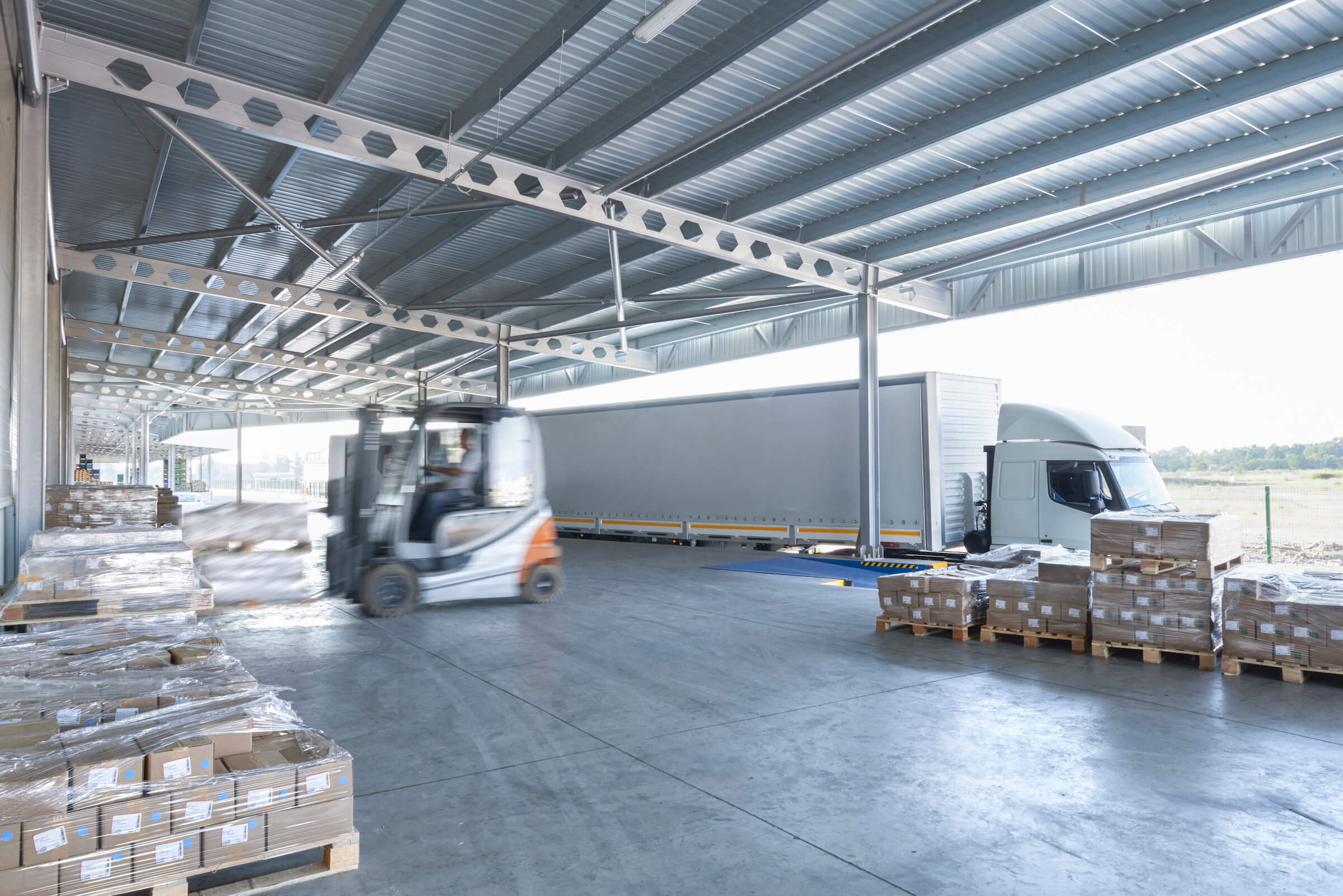 How to Maximize the Advantages of Cross-Docking for Warehouse Efficiency